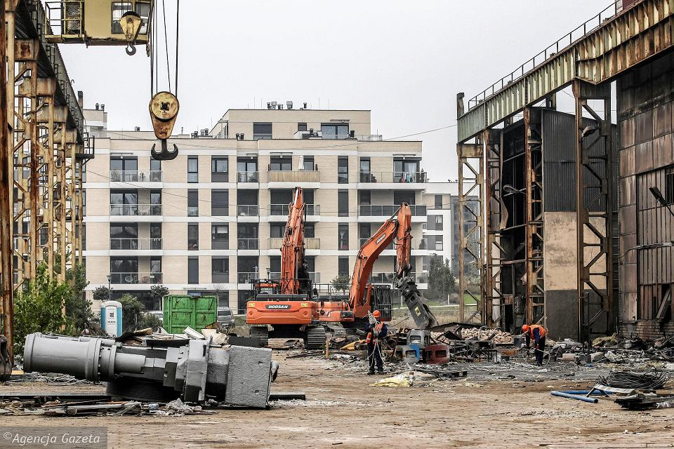 Demolition works at the Bydgoszcz factory of PROJPRZEM MAKRUM