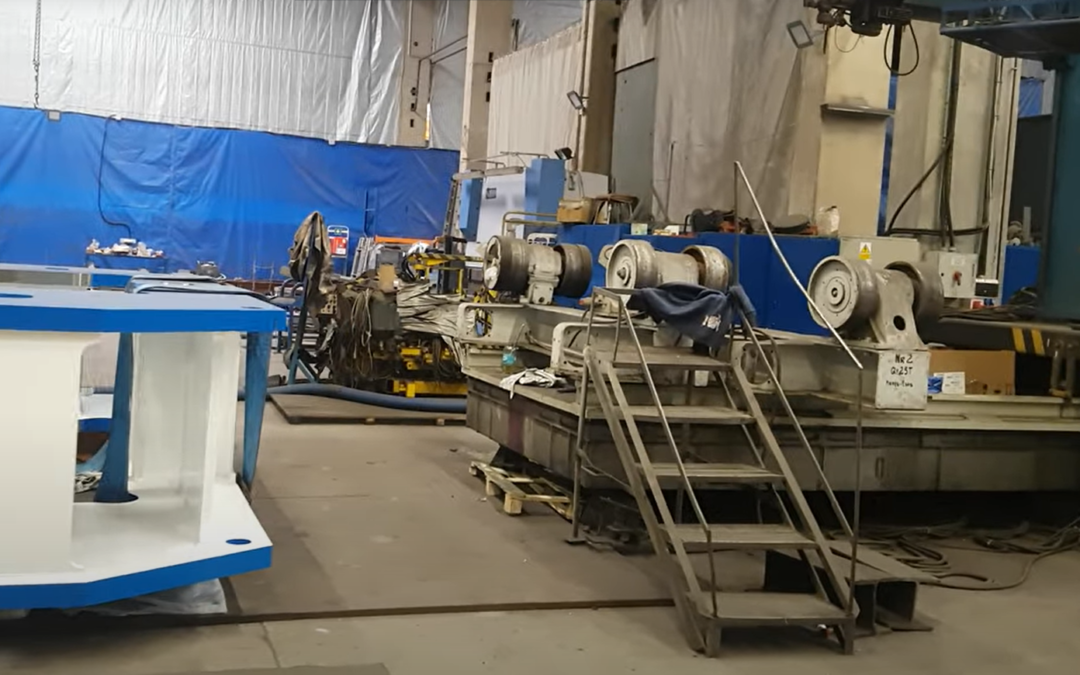 What does Makrum produce? Walk through the production hall (video)
